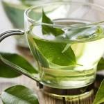 Không nên lạm dụng trà xanh
